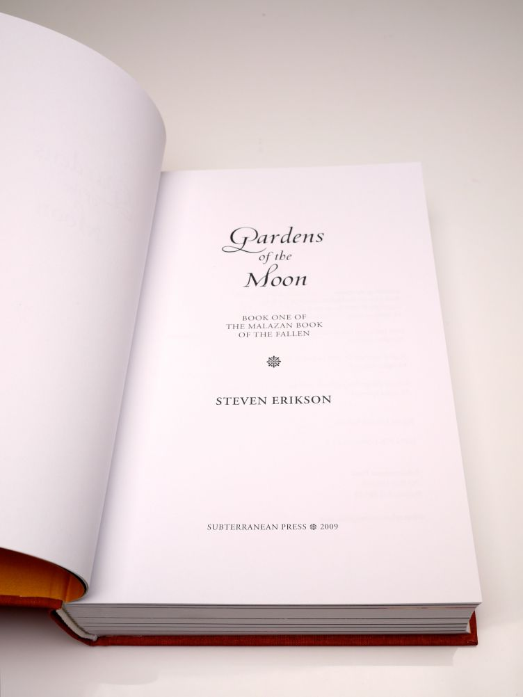 Gardens of the Moon by Steven Erikson (2009) title page.