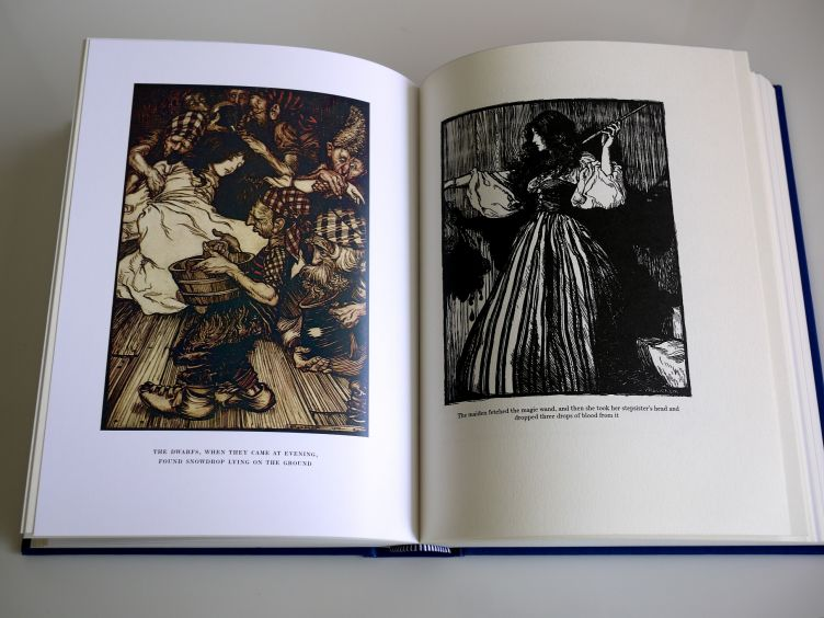 The Fairy Tales of the Brothers Grimm sample illustrations #1.