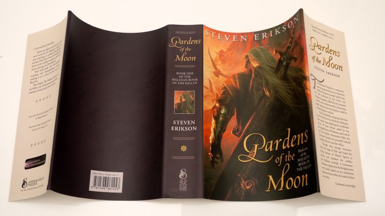Gardens of the Moon by Steven Erikson (2009) dust jacket spread across.