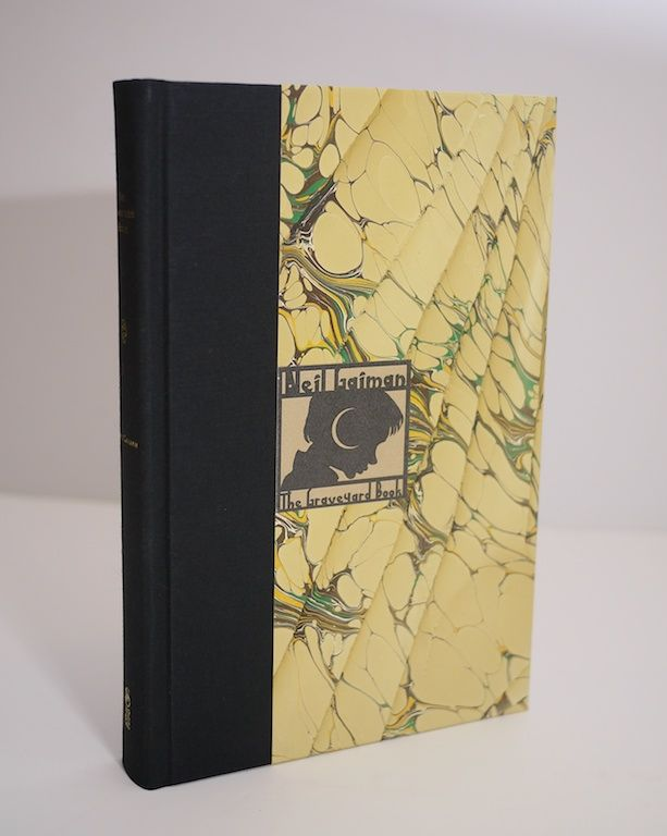 The Graveyard Book by Neil Gaiman with illustrations by Dave Mckean (2008) binding #2.