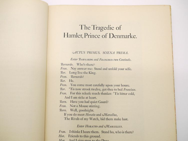 Hamlet by William Shakespeare with Illustrations by Edy Legrand (1939) sample text.