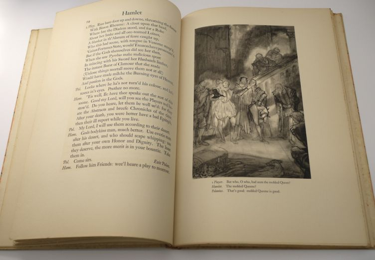 Hamlet by William Shakespeare with Illustrations by Edy Legrand (1939) illustration #3.