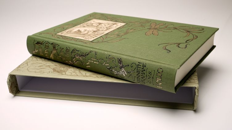 The Wind in the Willows by Kenneth Grahame (2005) book on slipcase #1.
